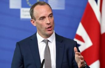İngiltere'den İran'ın nükleer taahhütlerini azaltmasına tepki