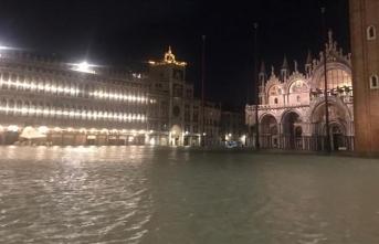 İtalya hükümeti Venedik'te acil durum ilan etti