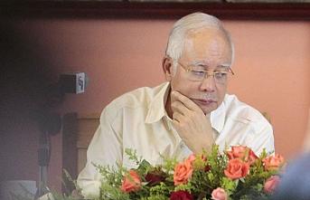 Malezya'da eski Başbakan Rezak hakkındaki yolsuzluk davası kabul edildi