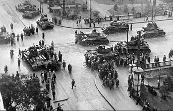 Tarihte bugün (04 Kasım): SSCB Tankları Budapeşte'de