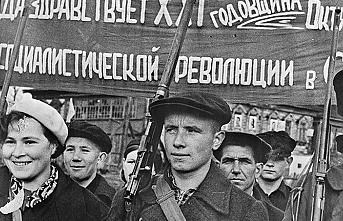Tarihte bugün (7 Kasım): Rusya'da Ekim Devrimi yapıldı