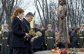 Ukrayna'da Holodomor trajedisinin kurbanları anıldı