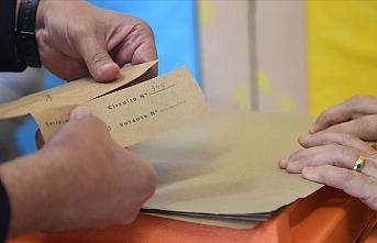 Uruguay'da devlet başkanını nihai seçim sonuçları belirleyecek