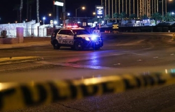ABD'de silahlı saldırganlar polisle çatışıyor! 2 polis hayatını kaybetti