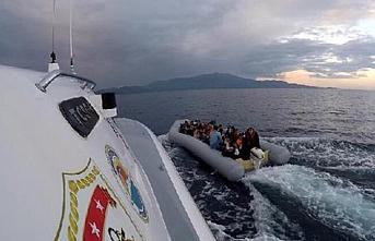 Ayvacık'ta 82 göçmen yakalandı