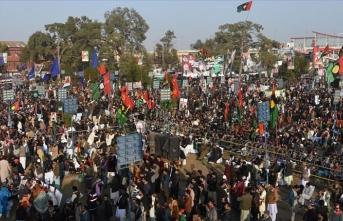 Benazir Butto ilk kez öldürüldüğü yerde anıldı