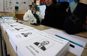 Cezayir'de seçim bitti:  Kazanmaya en yakın aday belli oldu