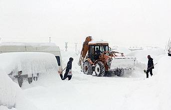 Erzincan ve Tunceli'de 166 köy yolu ulaşıma kapandı