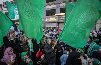 Hamas kuruluşunun 32. yıl dönümünü kutluyor