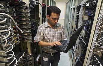 İran'da internete kısıtlama getirildi