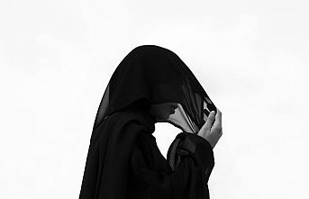 Kadın Müslüman silueti üzerine Londra'da yeni bir sergi