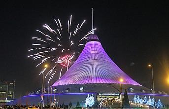 Kazakistan'da Kurucu Cumhurbaşkanı Günü kutlandı