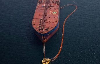 Korsanlar Togo'da petrol tankerine saldırdı.. 20 Hint denizci kaçırıldı