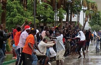 Kuzey Afrika'dan İspanya'ya 2 günde rekor göçmen girişi