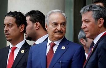 Libya'yı ikiye bölen Batı destekli yeni diktatör adayı Hafter kimdir ?