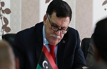 'Libya'yı üssünüz yapmayı hayal etmeyin'