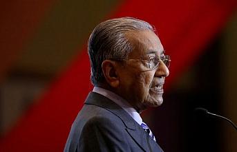 Mahathir'in sesi bu defa gür çıktı.. 70 yıl sonra nereden çıktı bu vatandaşlık ?