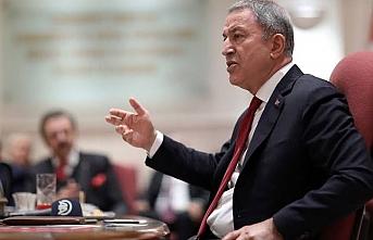 Milli Savunma Bakanı Akar'dan, NATO zirvesi öncesi uyarı
