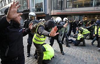 Paris'teki polis şiddetine suç duyurusu