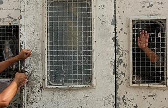 Riyad hapishanesinde yangın...3 ölü