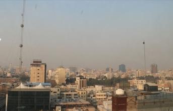 Tahran'da yarın okullar tatil edildi