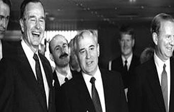 Tarihte bugün (03 Aralık): Soğuk Savaşın bittiği resmen ilan edildi