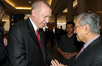 Türkiye ve Malezya arasında farklı alanlarda 15 anlaşma imzalandı