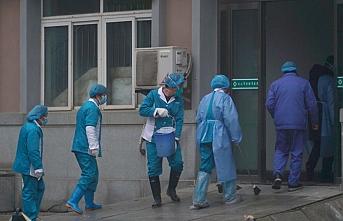 10 Çinli 2 Türk'ün koronavirüse karşı tedbiren tedavisi devam ediyor