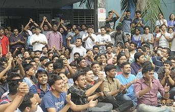 10 sendika birleşti.. Hindistan'da grev hayatı kilitledi