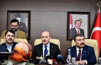 3 Bakandan Elazığ'dan ortak açıklama.. Cezaevi boşaltılacak, nakdi yardım yapılacak