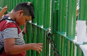 ABD'ye gitmek için yola çıkan göçmenler Meksika sınırına ulaştı