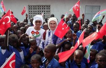 Emine Erdoğan Gambiya'da cami ve okul açtı