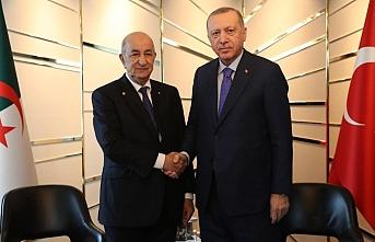 Erdoğan, Cezayir Cumhurbaşkanı ve UMH Başbakanı Serrac ile görüştü