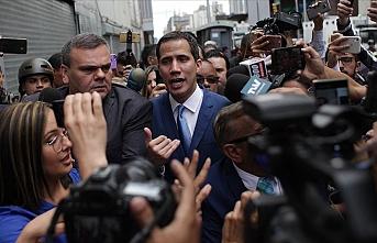 Guaido 'paralel seçimle' parlamento başkanı ilan edildi