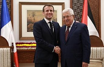 Holokost forumuna giden Macron Filistin tarafına geçti