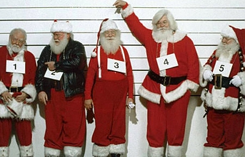 İki Noel Baba, St. Petersburg'ta Özbek göçmeni kaçırdı
