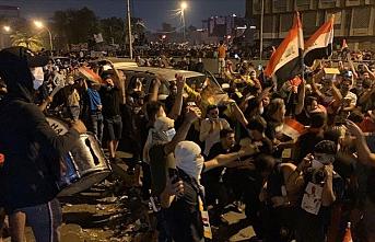 İranlı komutanın öldürülmesinden sonra Bağdat'ta sevinç gösterileri!
