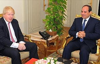 Mısır Devrim Konseyinden İngiltere'ye Sisi kınaması