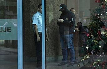 Muhalif lider Guaido'nun ofisine baskın