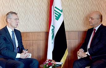 NATO, Irak güçlerini eğitmeye devam edecek