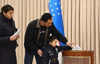 Özbekistan'da 25 bölgede halk genel seçim için tekrar sandık başına gitti