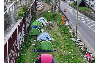Bin 400 düzensiz göçmenin kaldığı kamp boşaltıldı