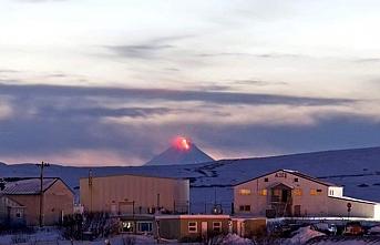 Shishaldin Yanardağı'nda patlama