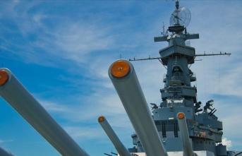 ABD: Umman Denizi'nde ağır silah dolu İran teknesine el konuldu