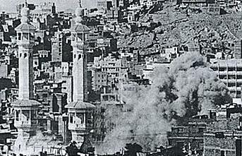 Fransız subaydan 1979 Kabe baskını iddiası: 3 bin hacı öldü