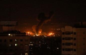 İsrail Gazze'yi hava saldırısıyla vurdu