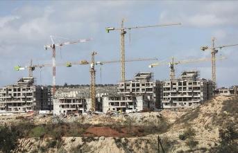 İtalya İsrail'in Doğu Kudüs'teki yasa dışı yerleşim birimlerini genişletme kararına tepki gösterdi