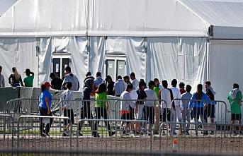 Meksika'yı geçemeyen 29 bin kişi gözaltında