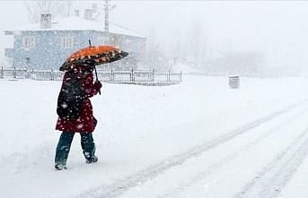Meteoroloji İstanbul için saat verdi: Kırmızı alarm