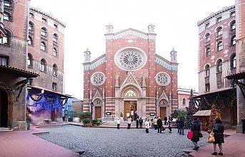 Mülkiyeti İtalya'da kendisi Beyoğlu'nda.. Sent Antuan Kilisesi satılacak mı?